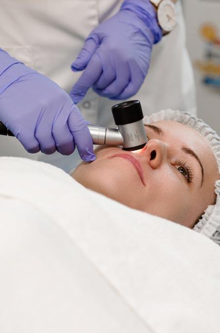 Диагностика и удаление доброкачественных новообразований кожи в Косметологии Медитэкс Петропавловск-Камчатский